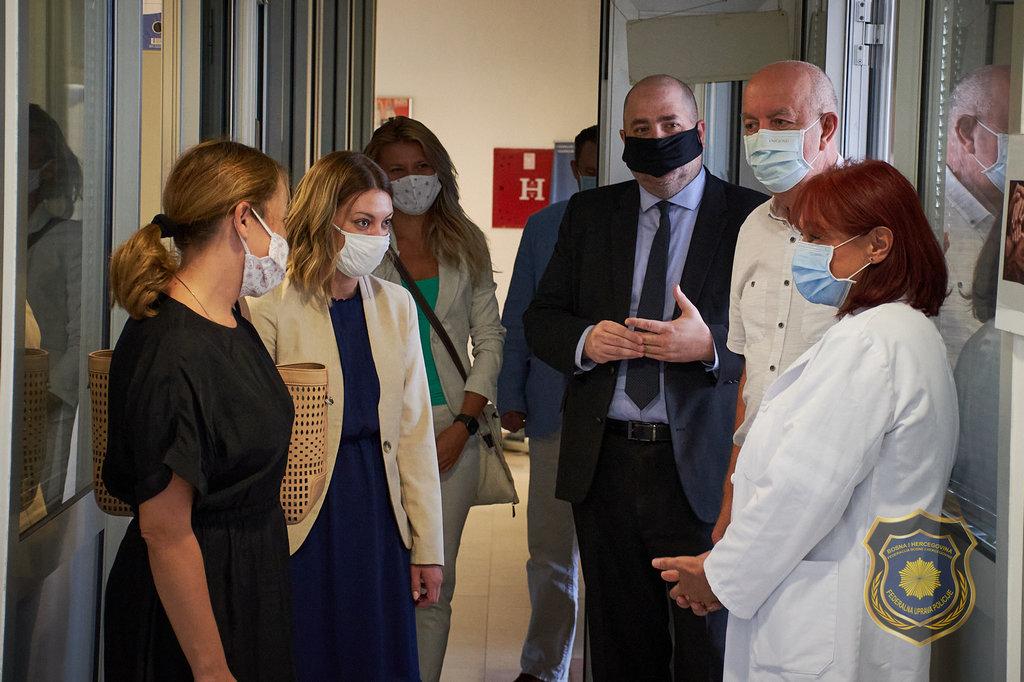 Vrijednom donacijom Ambasade SAD-a povećan je kapacitet laboratorije za DNK vještačenja FUP-a