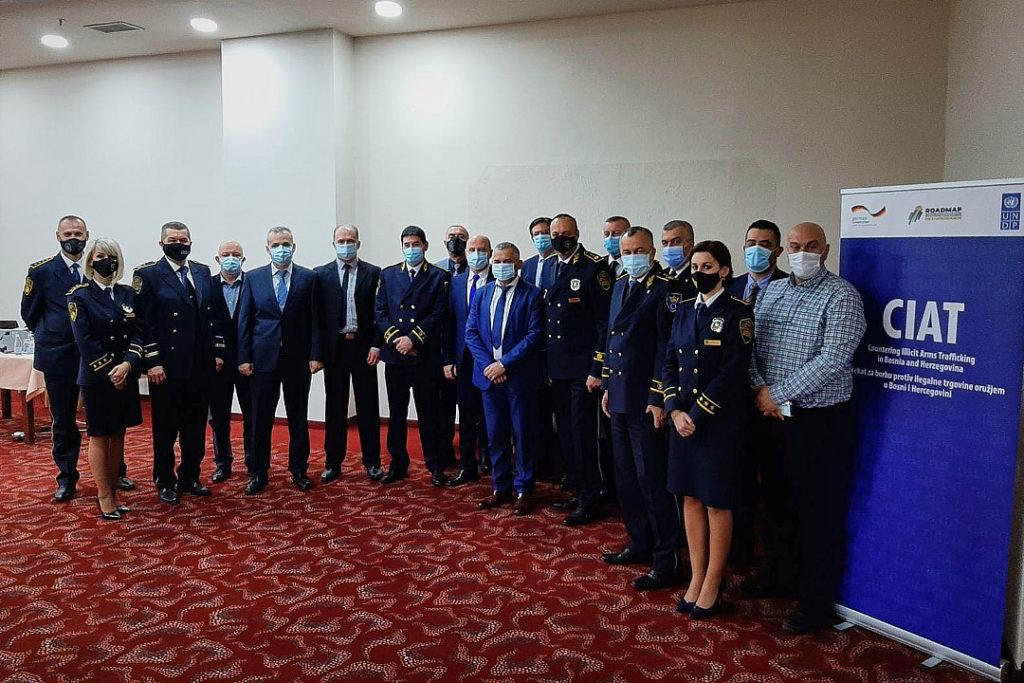 U Zenici održan sastanak Zamjenika direktora FUP-a i policijskih komesara/direktora Uprava policija KMUP-ova u FBiH sa predstavnicima UNDP u Bosni i Hercegovini